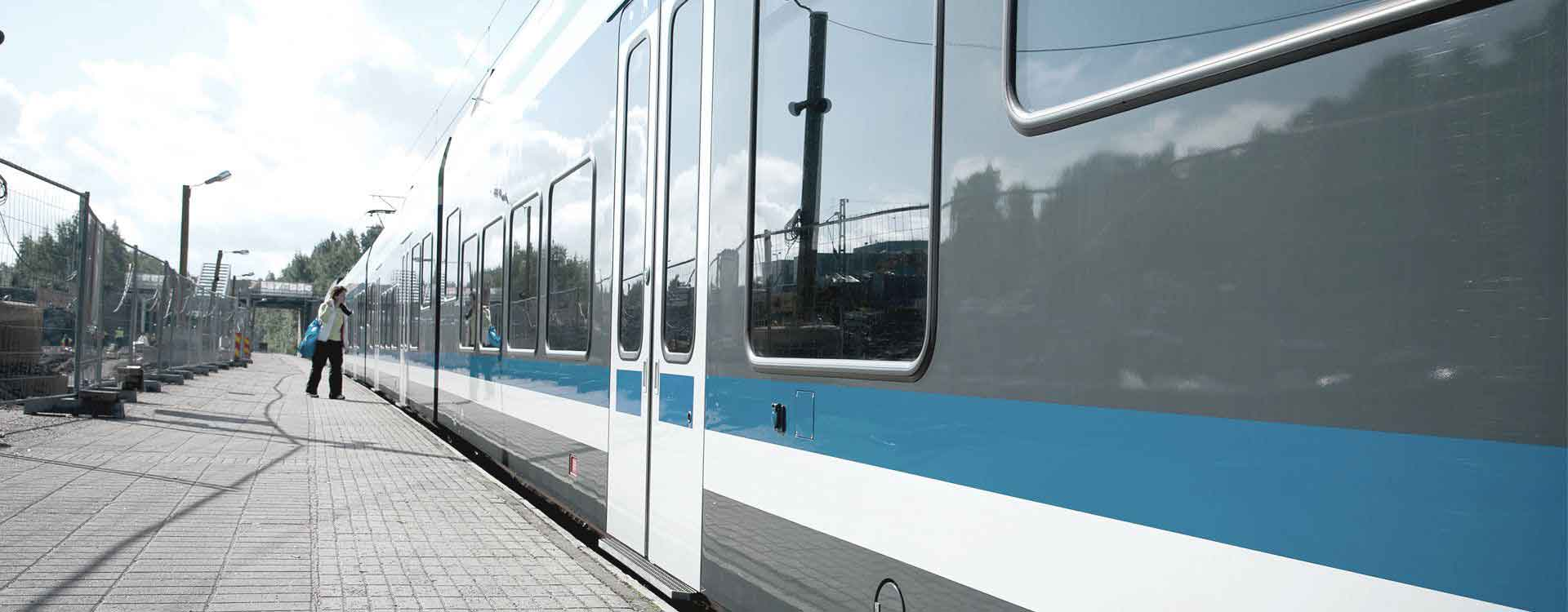 Ring-Railway-to-Helsinki-Vantaa-Airport-Rail-and-Transit