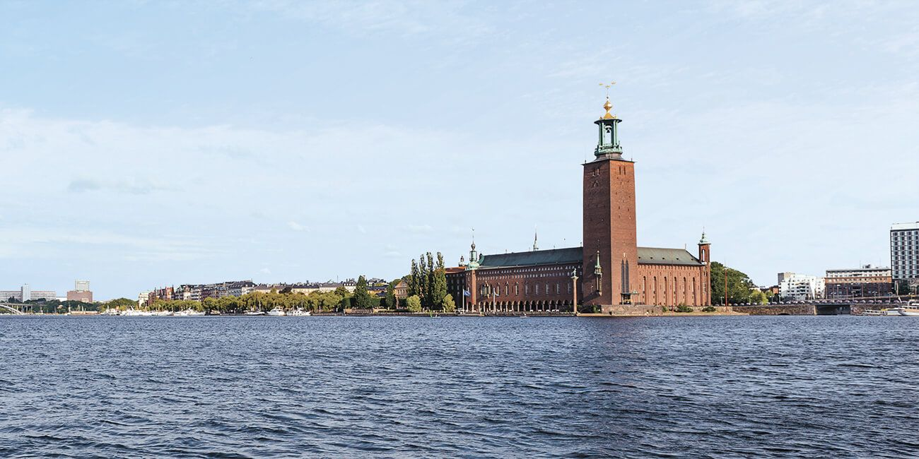 IMG_Network_Lake_Malaren_Sweden_the_Consequences_Of_Flooding_Stockholm_City_Hall