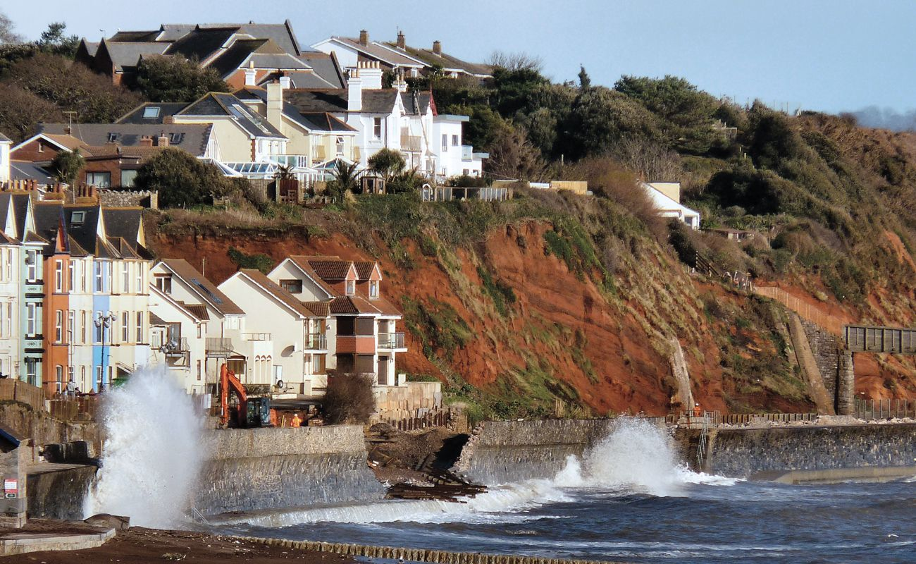 IMG_UK_Infrastructure_Can_We_Cope_With_Flooding_South_Devon_Railway_Wall_Breach