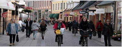 People walking and cycling in the city