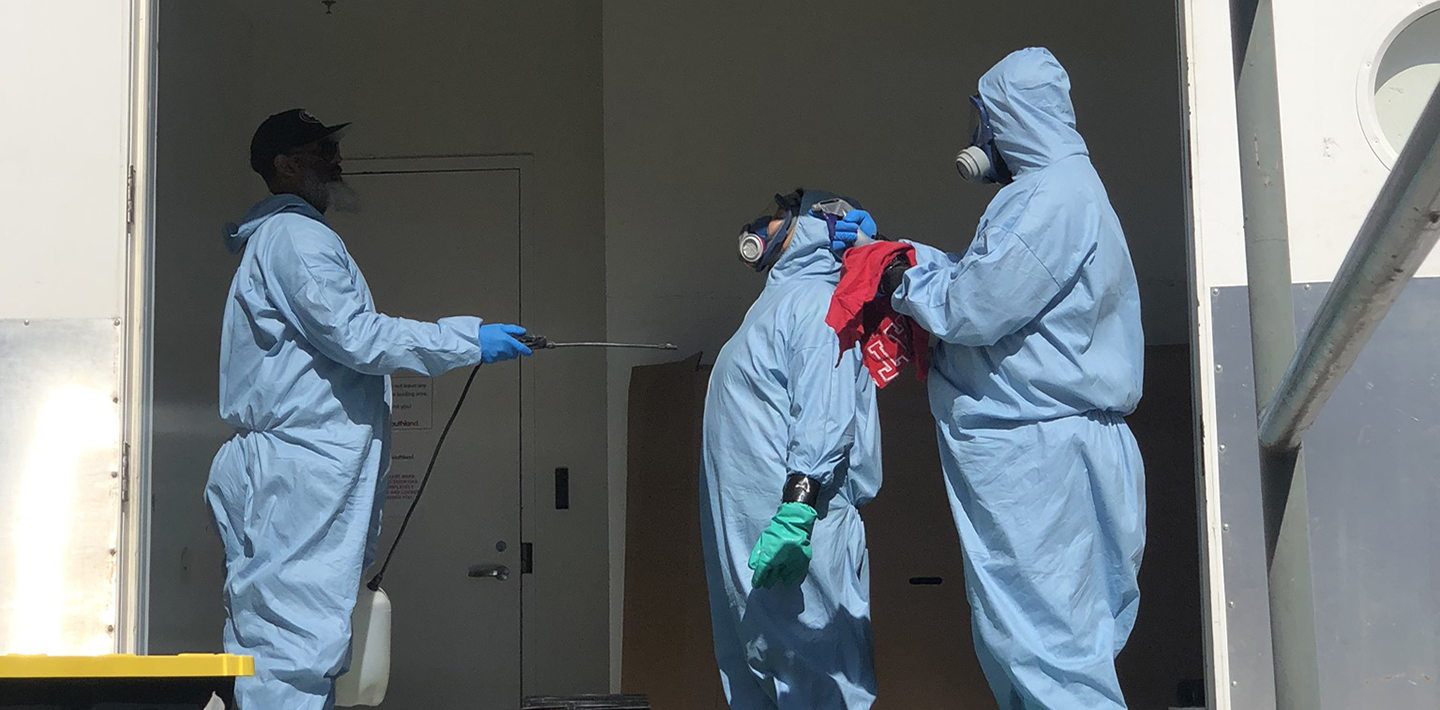 img-covid-19-emergency-logistics-disinfecting