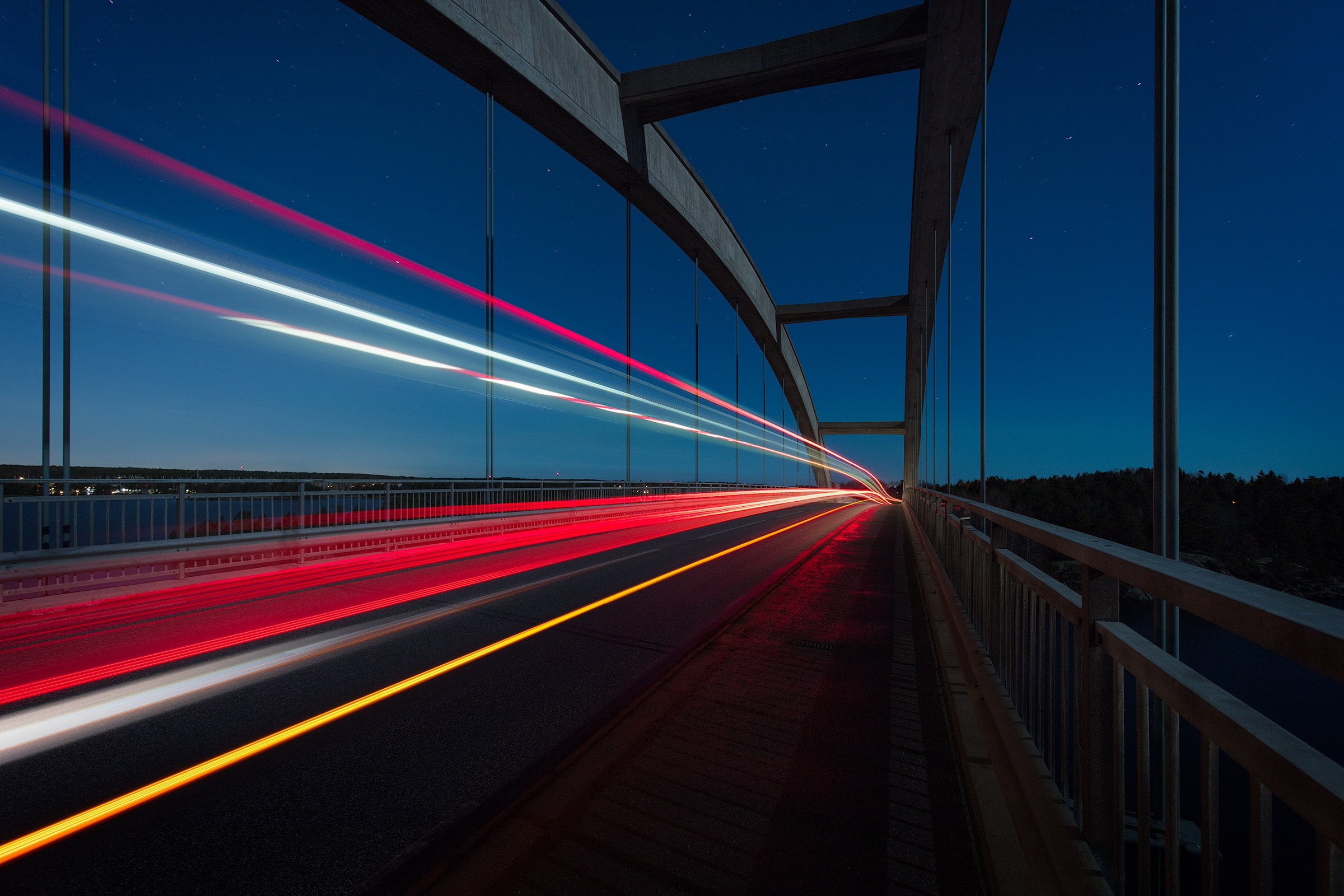 img-blurbridge
