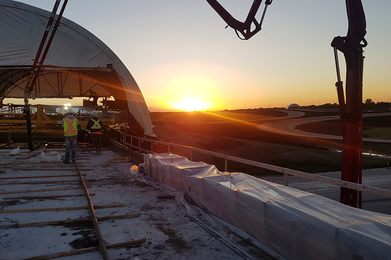 img-Evening deck pour