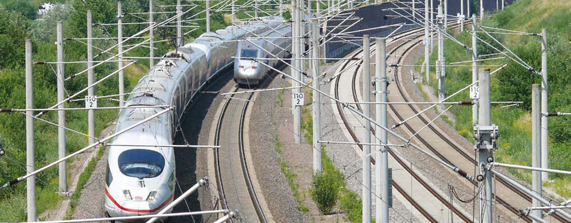 Rails and trains at the Karlsruhe-Basel line, Rotterdam-Cologne-Basel-Genoa freight corridor. | WSP
