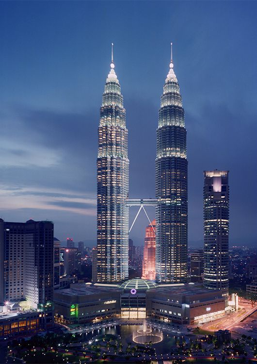 Petronas-towers-exterior-view-facades