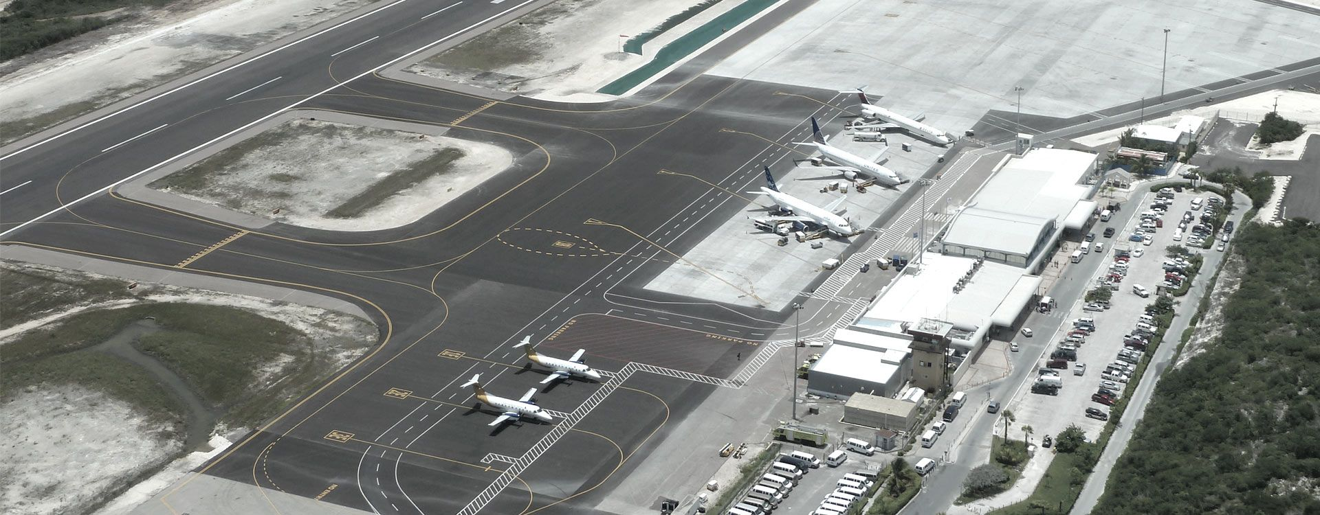 Providenciales International Airport - Turks and Caicos
