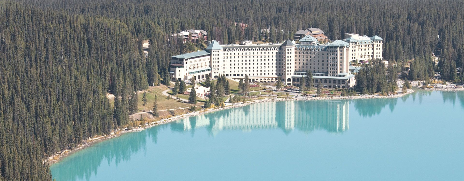 bnr-Fairmont-Chateau-Lake-Louise_Hospitality