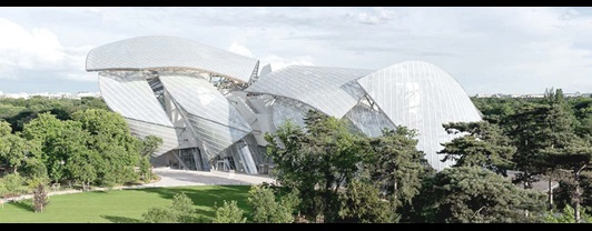 Fondation Louis Vuitton Cultural Banner