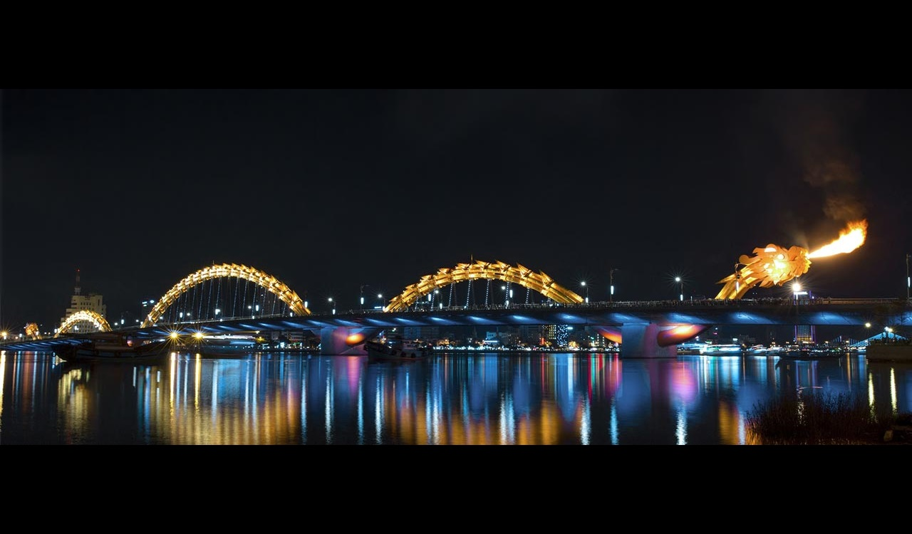 img-Dragon-Bridge-Vietnam-01