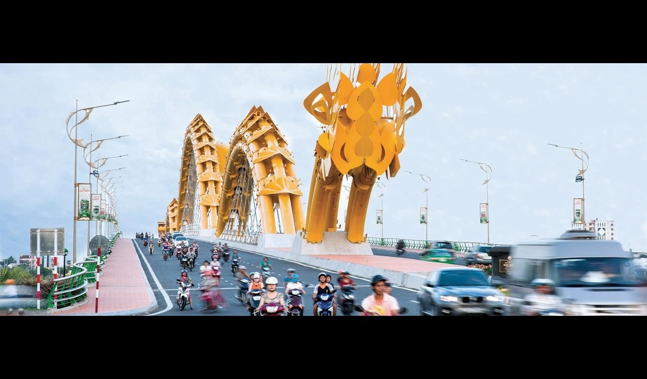 img-Dragon-Bridge-Vietnam-02