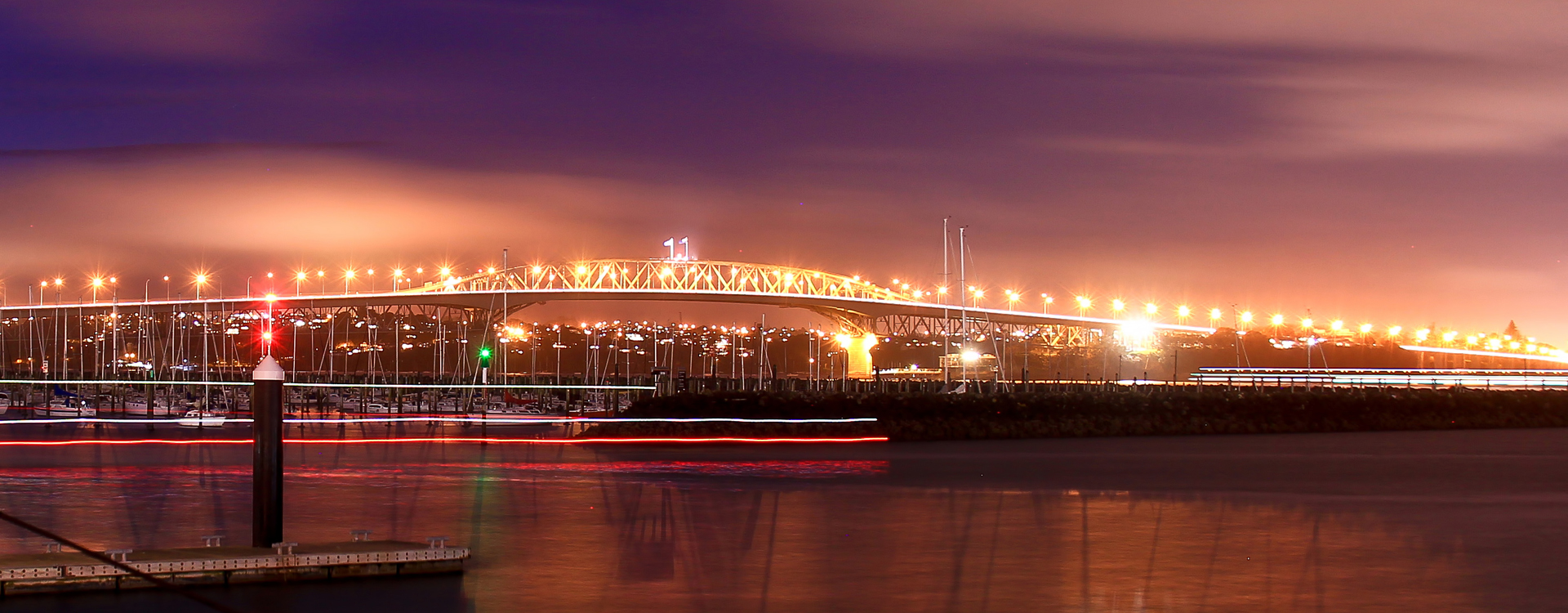 bnr-auckland-harbour-bridge-night