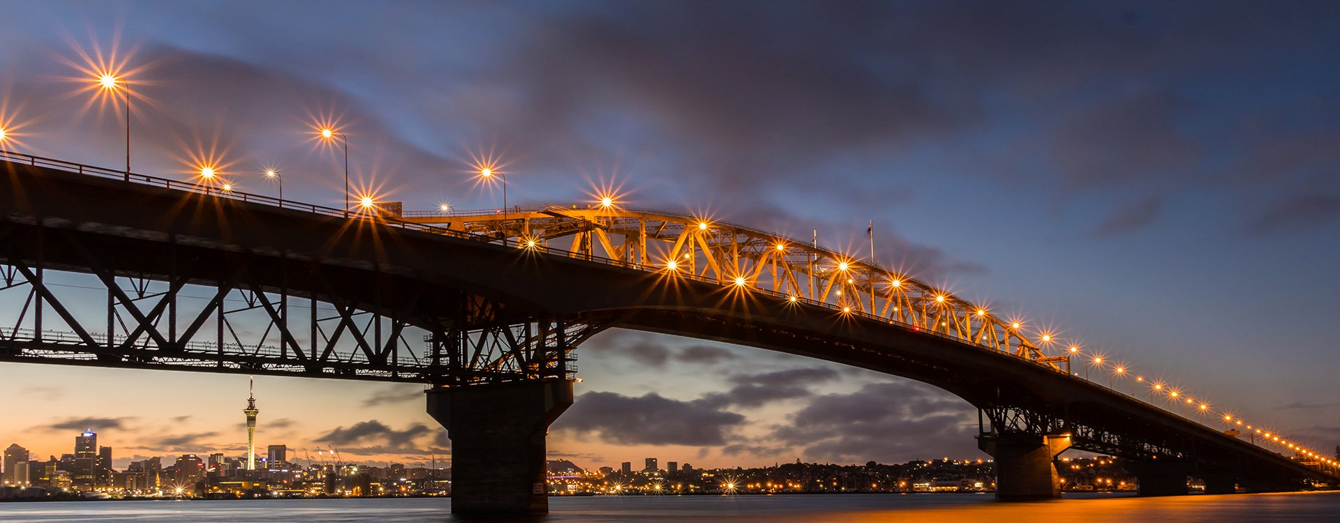bnr-harbour-bridge-lighting