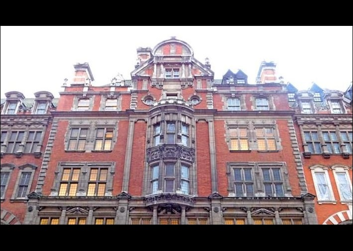 55-91 Knightsbridge, construction, London